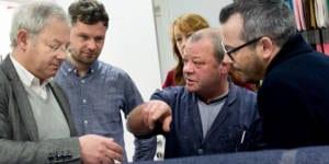 Enrico Rima besucht die Produktionsstätte von Lebenskleidung in Portugal, c Lebenskleidung